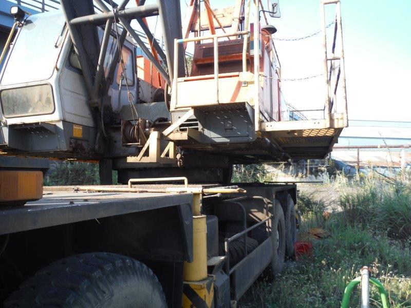 Lattice Boom Truck Crane ST500M - Japan Heavy Export